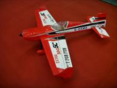 Avion East Rc Model Extra 330SC 76 35cc blanc-rouge ARF 1.93m