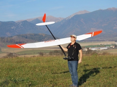 Planeur Hawk 3.6 GF (Giant Flap) blanc et rouge F5J VR Model