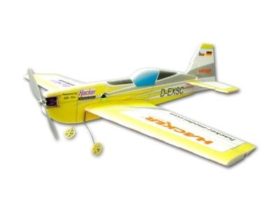 Avion Hacker model Extra 330 SC jaune ARF env.1.00m